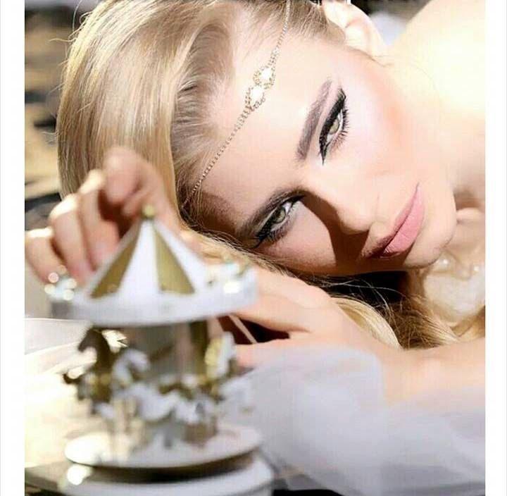 bandeaux de mariée, bandeau de serre-tête, bandeau de cristal de Swarovski, mariée, accessoires pour cheveux bridal de mariage par Ayajewellery sur Etsy https://www.etsy.com/fr/listing/222221652/bandeaux-de-mariee-bandeau-de-serre-tete