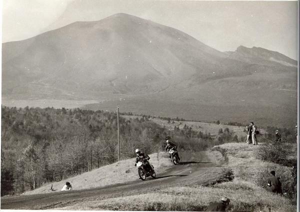 【BIKE】浅間火山レース|MOTOTECA ~MEMORY OF OUR CAR & MOTOR BIKE LIFE~|ブログ|mototeca|みんカラ - 車・自動車SNS(ブログ・パーツ・整備・燃費)