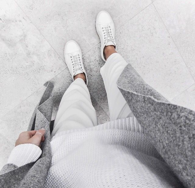 White and grey = Minimal