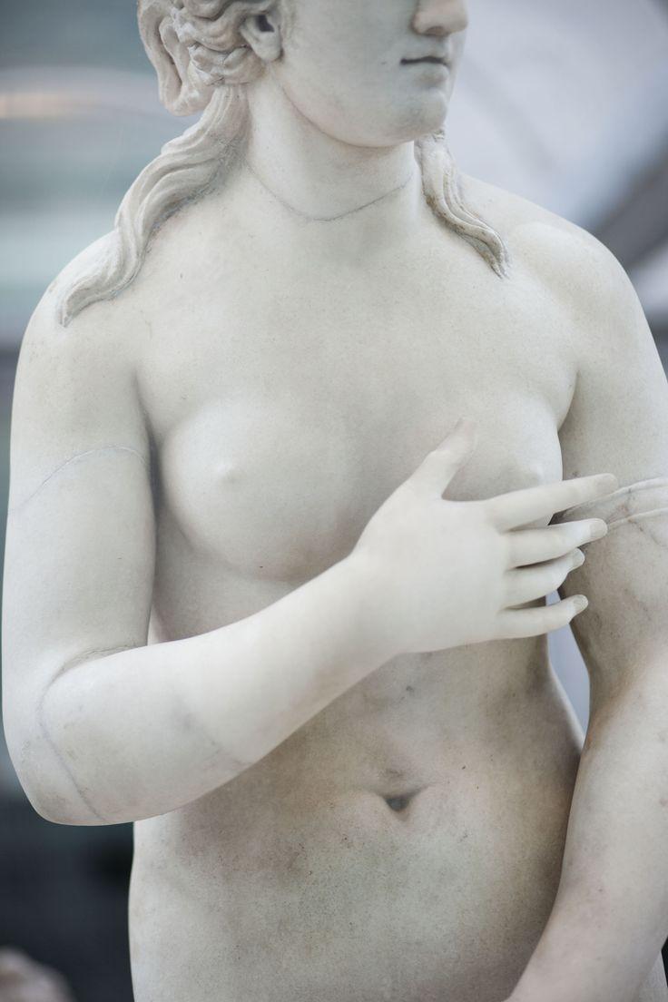 La bellezza non ha età ed è meglio mostrarla piuttosto che nasconderla: tornano alla luce i tesori nascosti del Museo Archeologico di Napoli | © Machi di Pace (@machidipace) - Campaniasuweb
