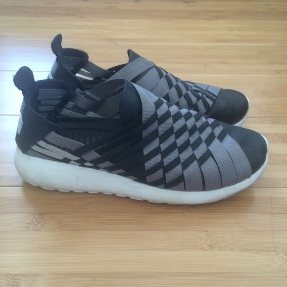 fb3fb052f3896 Woven Nike roshe run Black and grey woven Nike Roshe run slip on sneakers.  7 10. Women s size 6.5 Nike Shoes