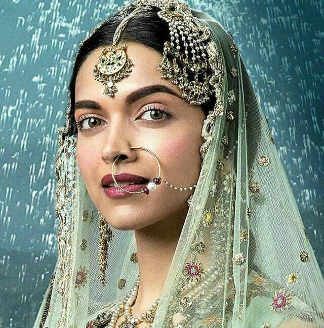 www.sameepam.com   Deepika as Mastani