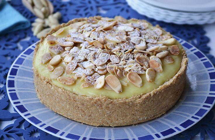 Torta gelato con crema e mandorle, ricetta dolce