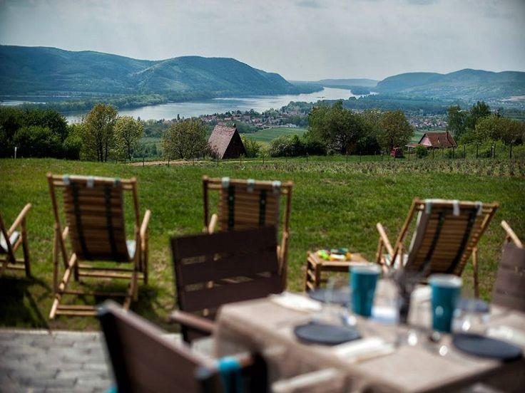 Vendégház és étterem - Festői panoráma, csúcsgasztronómia, hagyományos értékek, megújuló technológia, ökológiai szemléletű birtok, aktív pihenés... Ez a Natura Hill! (Naturahill)