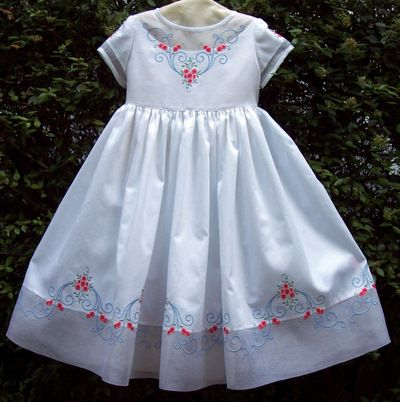 Beautiful embroidered dress!Granddaughter Dresses, Beautiful Embroidered, Children Sewing, Heirloom Sewing Posses, Sewing Posses Granddaughter, Embroidered Dresses, Rose Pattern, Children Clothing, Rose Susan