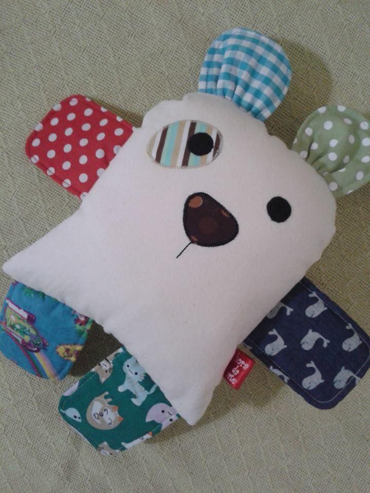 Naninha para bebês, menina ou menino.  Material anti alérgico, popeline, toalha (ou algodão cru) e manta siliconada. Botões reforçados.  * os tecidos estampados podem variar