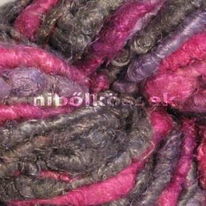 sari silk yarn in 'pink panther' color. characterized by grey, pink and little purple. classic and exciting in the same time / szári selyem fonal pink panther színben.  szürke, pink és kevés lila jellemzi. klasszikus és izgalmas egyszerre.