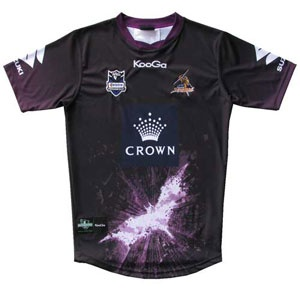 An absolute must have item for every dedicated Melbourne Storm and Batman collector around the world.    This Limited Edition one-off jersey features The Dark Knight Rises™ logo emblazed across the torso. Additionally, some black has been introduced to the jersey, aligning with the theme of Christopher Nolan's Dark Knight™ trilogy.