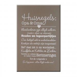 Tekstbord huisregels Opa & Oma op taupekleurig achtergrond - 40 x 60 cm