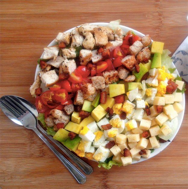 Salada Cobb | 15 receitas deliciosas que vão fazer você comer mais salada do que nunca