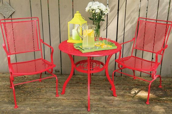 How to Remove Paint from Metal - Furniture