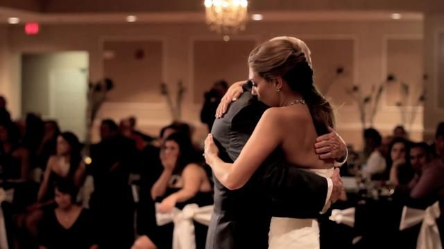 Cannot. Watch. Without. Sobbing. Brides father passed away and groom does the