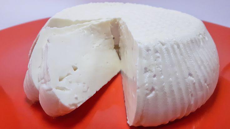 Przepis na ser Koryciński. Ten prosty ser podpuszczkowy możesz samodzielnie wykonać w domu, bez specjalnego sprzętu. Wypróbuj nasz przepis na ser Koryciński