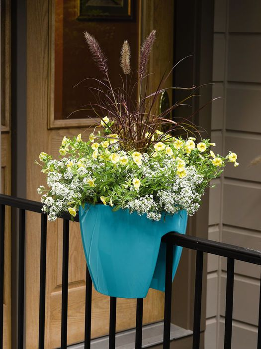 Attractive Self Watering Saddle Railing Planter