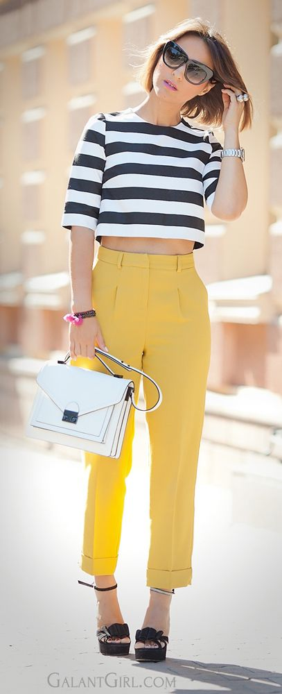 #yellow #highWaistPants #Asos #Striped #CroppedTop #LineAndDot #LoefflerRandall #Chic #Style #StreetStyle #FashionBlogger #GalantGirl