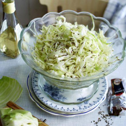 Klassischer Krautsalat Rezept | LECKER