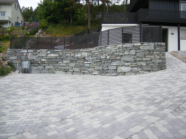 Støttemur/natursteinsmur   Salteundheim