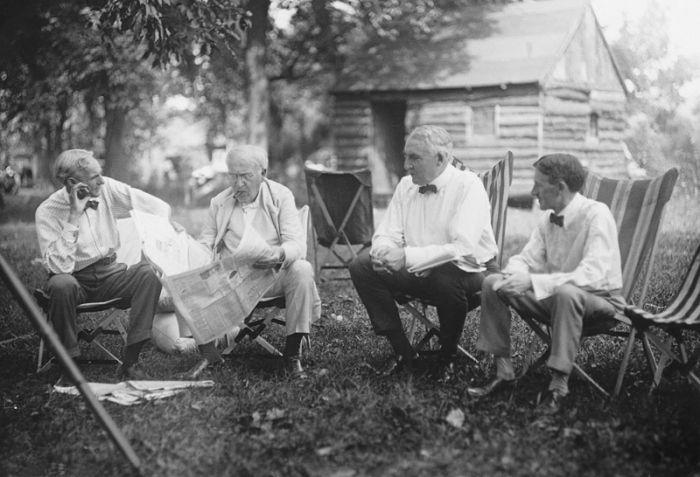Henry Ford, Thomas Edison, Warren G. Harding and Harvey Firestone hanging out in Maryland, 1921: Harvey Fireston, Ford Motors, Thomasedison, U.S. Presidents, Fireston Tired, Henryford, Henry Ford, Thomas Edison, Warren Hard