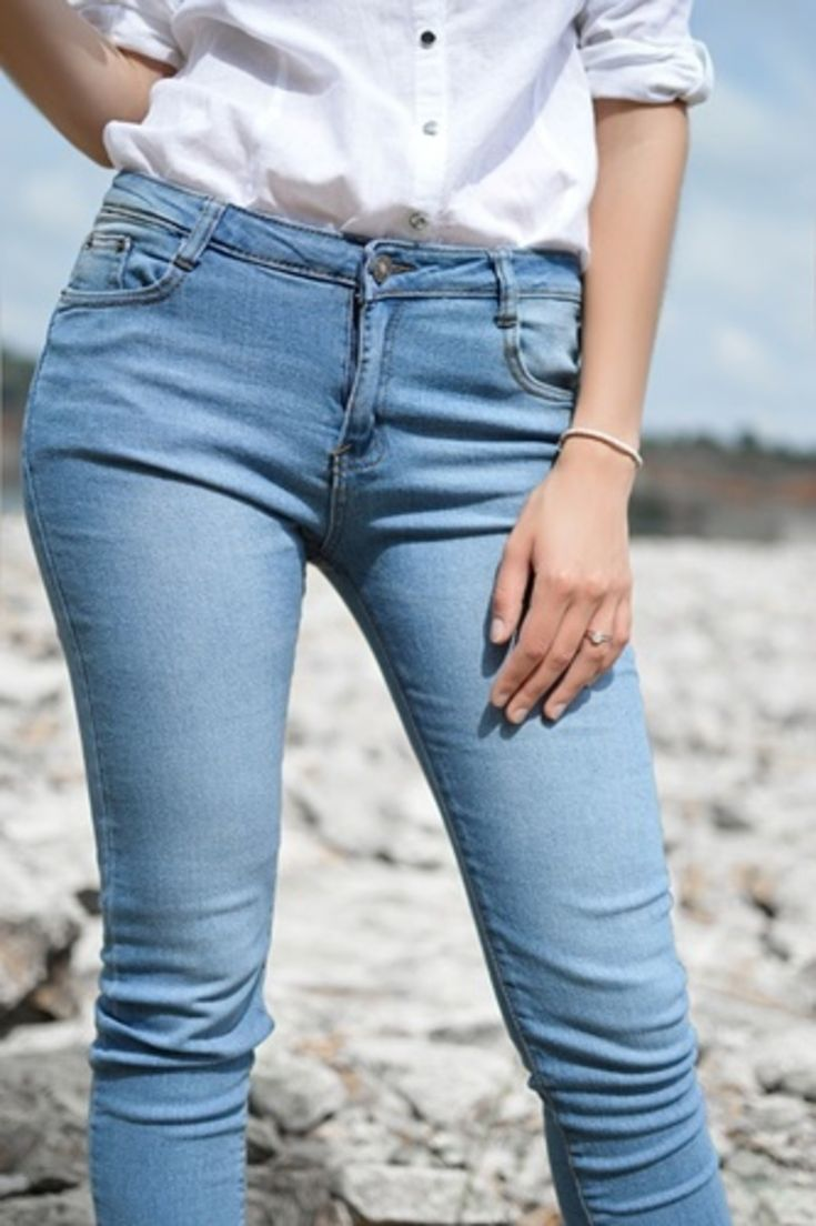 DO YOU LIKE YOUR JEANS TO BE VERY TIGHT OR LOOSER? http://answerangels.com.au/do-you-like-jeans-to-be-very-tight-or-looser/