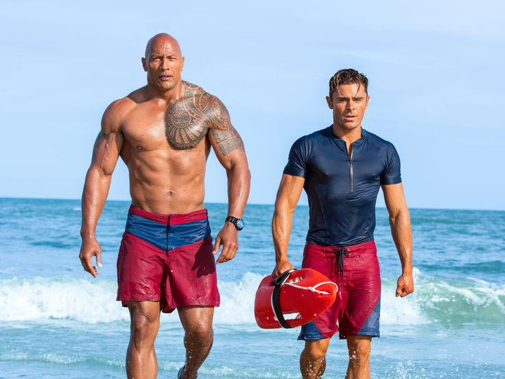 Dwayne Johnson and Zac Efron in Baywatch (2017)