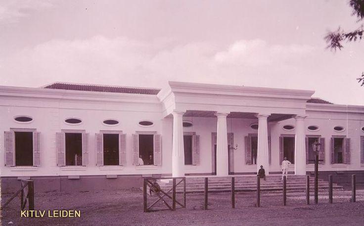 Logegebouw van de vrijmetselarij te Soerakarta...