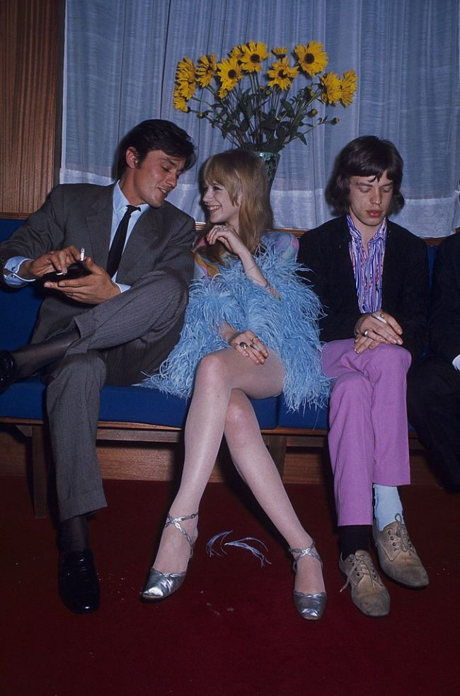 Alain Delon winning Jane Asher's attention from Mick Jagger. Mais naturellement! I mean, look at Delon doing gorgeous as if he invented it.