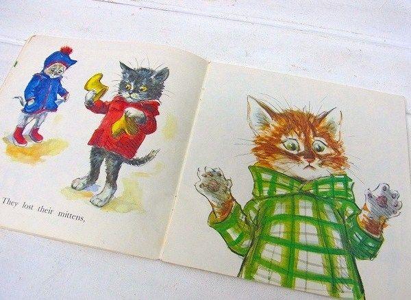 Three Little Kittens illustrated by Lilian Obligado 2
