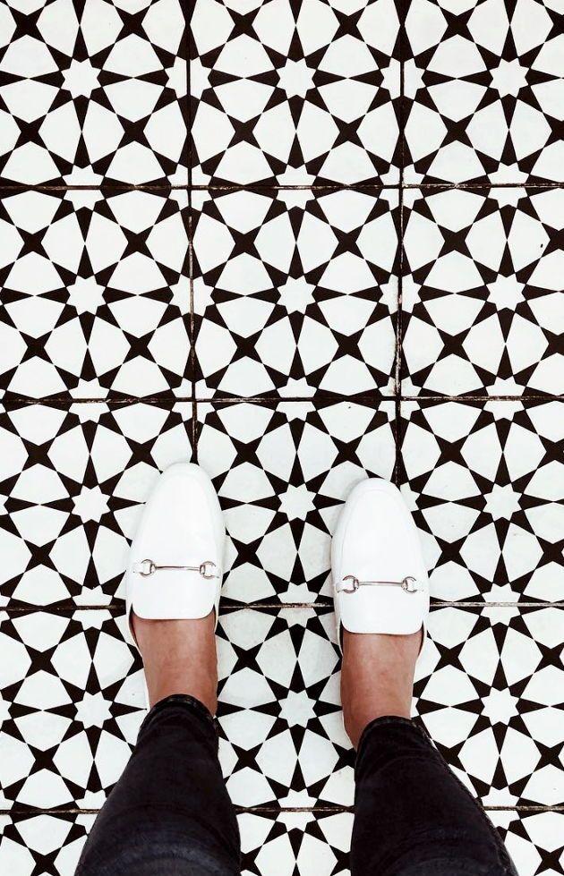 Starburst Tile Riadtile Black Floor Tiles Black And White
