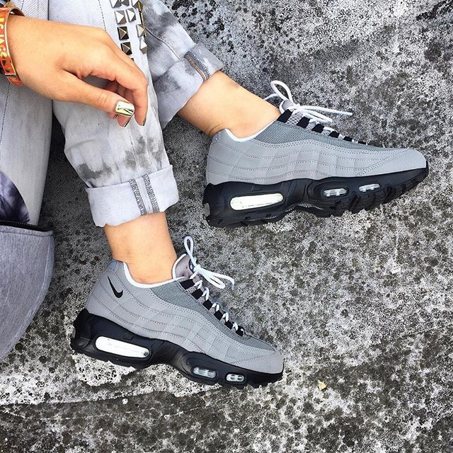 Custom Nike iD air max 95's courtesy of nike london celebrating 20 years of the air max 95.