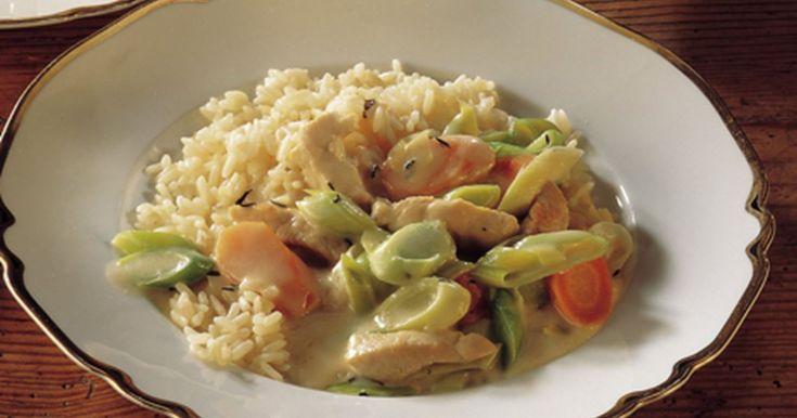Dejlig nem kalkungryde, serveres til kogte ris.