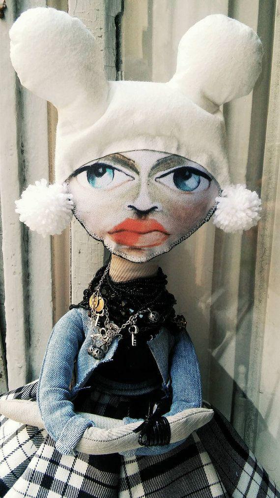Fabric Art Dolls inspired by estervarga by StuffsforGirlz on Etsy
