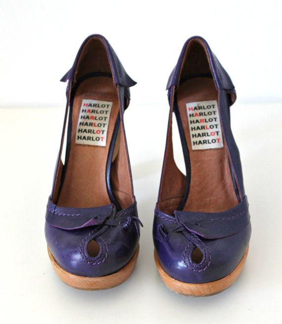 Scarpe con suola in legno zoccoli stile svedese di StylishAgain