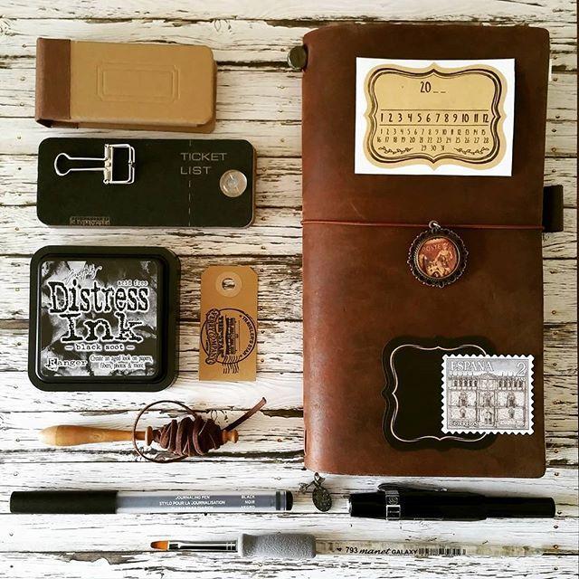 #collage #travelersnotebook #tags #tickets #mtn #travelnotebook #travelerscompany #labels #timetowrite #journaltime #journaling #journal #writing #write #thoughts #notebook #dagboek #reisdagboek #notitieboek #binderclips #letypographe #toolstoliveby #binderclip #journalingpen #fountainpen #vulpen #kawecosport #distressink #midoritravelersnotebook #mtn #kaweco
