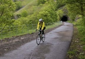 Between the tunnels - Monsal Trail