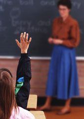 Warning signs of Vision Problems of School-Age Children- www.visionquest2020.org