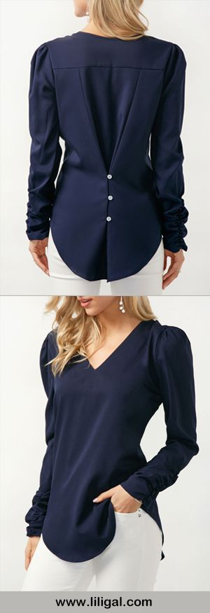 Love the back detailing on this top.  Helps to give it shape in all the right places.
