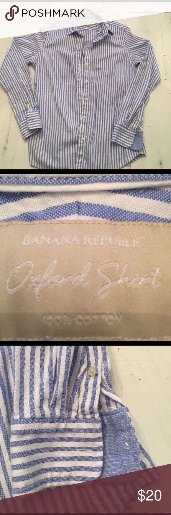 Banana Republic Oxford Shirt 100% cotton women's oxford shirt. Pretty blue and white stripes. Looks cute paired with a pair of white jeans and strappy sandals! Great for springtime weather! In great condition. Banana Republic Tops Button Down Shirts