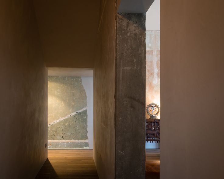 Refurbishment of terraced home in Belsize Park, London.   Creating Curiosity. Hallway.  Interior Design.    Solid Timber Floor by Ted Todd. Polished Plaster by Calfe Crimmings. Photographer - Jim Stephenson. Contractor - Mallett Construction.