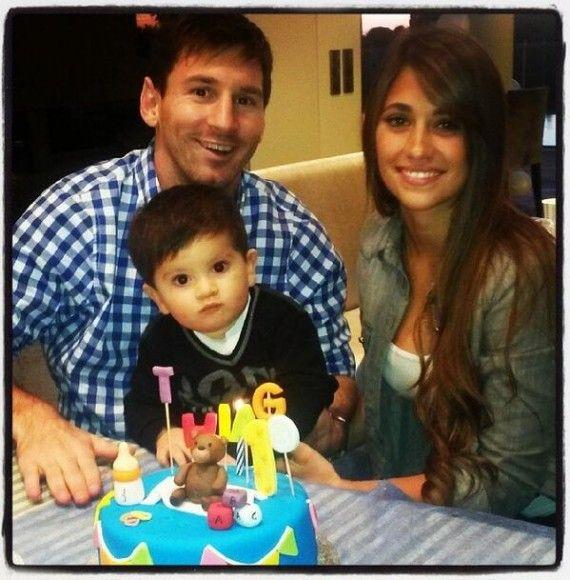 Joyeux anniversaire à Thiago Messi - http://www.actusports.fr/75677/joyeux-anniversaire-thiago-messi/