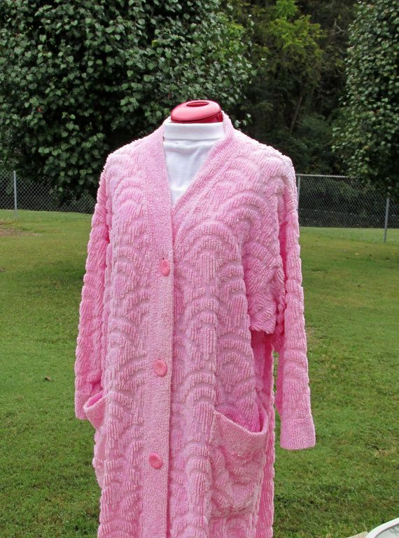 chenille robes | Vintage Pink Chenille Robe with 2 Large Pockets Size Medium Possible ...