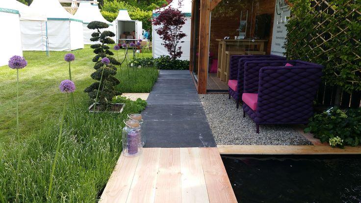 demo tuin met paarse accenten Van Eden Hoveniers Rijssen