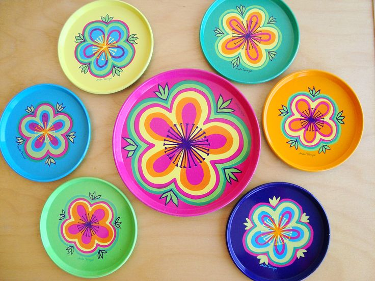 Vintage tin coasters and bottle tray designed by Anita Wangel for IRA Denmark in the 70s