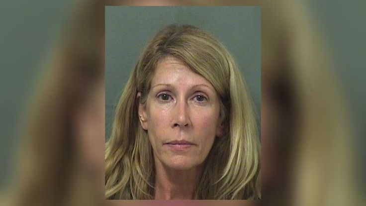 PALM BEACH GARDENS -- Mom tosses eggs, tries to run over daughter's husband with her Mercedes after he ends his affair -- with the mom. (September 2017)