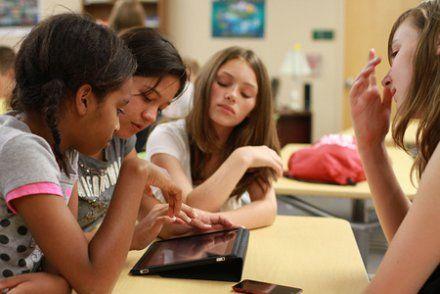 Tablettes à l'école: «Il ne faut pas se contenter de picorer»