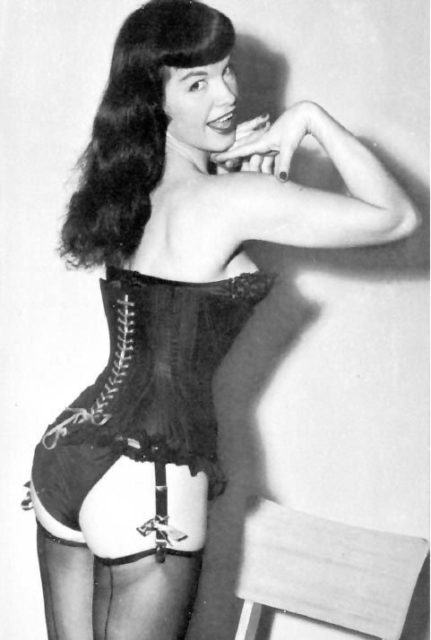 Bettie Page Corsets in 1950s Bettie Page was the Queen of ...