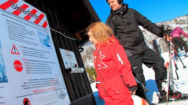 Ny forsking antyder at nynorsk gjer deg smartare - Aftenposten og illustrerte saka med eit foto av Kristian Fugleseth og dotter