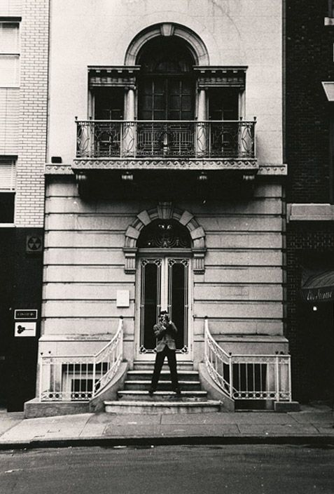 Photograph of Seth Siegelaub standing on steps of 44 East Fifty-second Street in Manhattan, where the exhibition January 5–31, 1969 was held Photograph by Robert Barry, 1969
