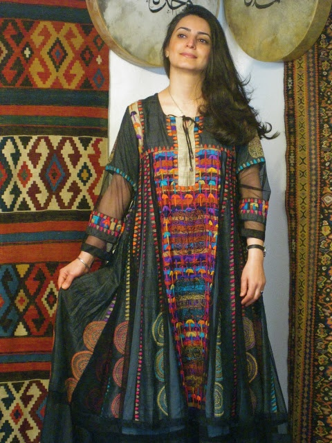 """Maryam Zohdi Iranian Sufi singer in dress from Samarkand in the East (a small boutique label in Copenhagen using Central/South Asian fabrics/styles.) This image is on the boutique's website, and from a show in India, but may be """"inspiration"""" rather than made by the boutique. Anyway, it's stunning."""
