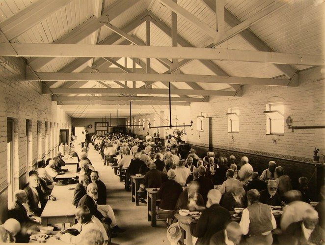 The Old Liverpool Men's Asylum - Sydney - a little early history of the building which now houses Liverpool TAFE -