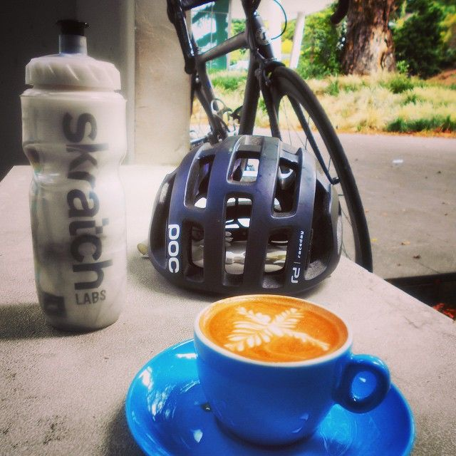 SUNDAY Recovery, fuel for the ride and post ride @skratchlabs @pocsports #ciclismo by rogue_domestique
